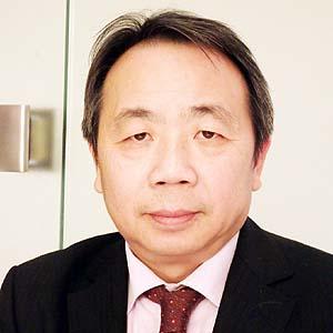 評論家 石平氏  1962年中国四川省生まれ。北京大学哲学部卒。88年来日し、神戸大学大学院博士課程修了。民間研究機関を経て、評論活動に入る。日本国籍取得。