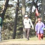 安倍首相、2カ月ぶりのゴルフを楽しむ