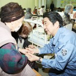 安倍晋三首相、熊本地震の被災状況を視察