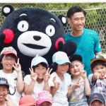 ドルトムントの香川真司選手、熊本の小学校訪問