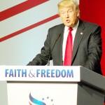 10日、キリスト教福音派系団体がワシントン市内で開催した政治集会で演説する米共和党の実業家ドナルド・トランプ氏