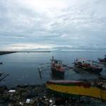 夕刻のマニラ湾。生憎の天気で世界一と言われる夕日は拝めなかった