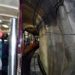 結構トンネルが多い。ディズニーランドのアトラクションのよう。