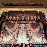 マリインスキー劇場-ネオ・ビザンチン様式のオペラとバレエ専門の劇場。皇帝アレクサンドル2世のマリア・アレクサンドロヴナ皇后の名が劇場の名前の由来