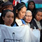 教会の修道女も参加