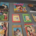 髙野 行央氏が運営する「昭和漫画館青虫」に収蔵されている貴重な漫画本の数々。