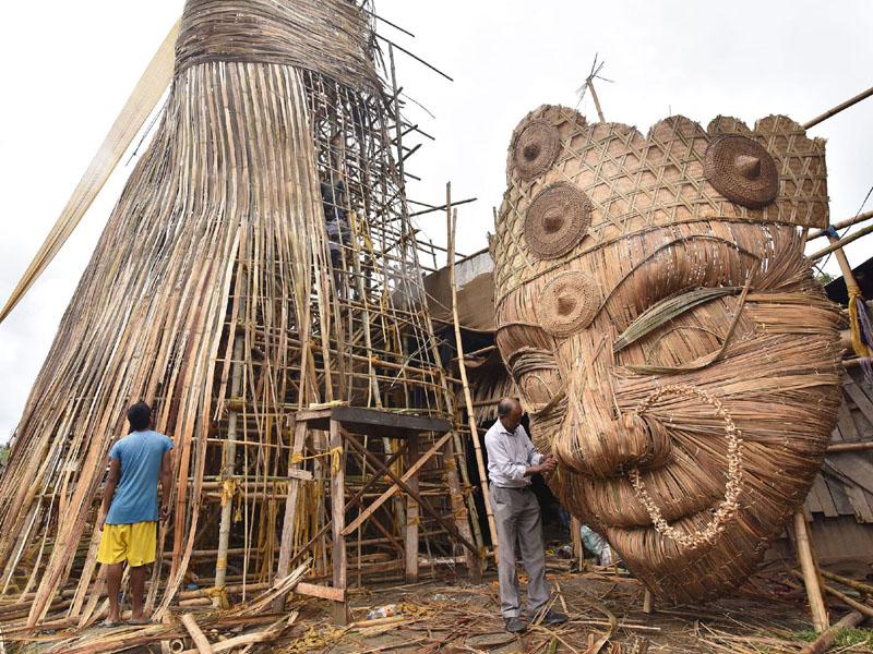 全長30メートル、戦いの女神ドゥルガ様