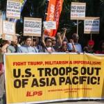 米軍基地の撤退を求める国際グループも参加
