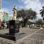 慰安婦像が設置された遊歩道は観光地にもなっている