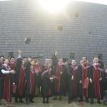 OIST第1期生14人が世界トップの研究員目指す