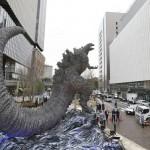 東京・日比谷に3メートルのゴジラ像が登場