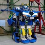 車に変身、人型ロボット「ジェイダイト・ライド」