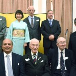 ロンドンの日本大使館で日英和解の式典を行う