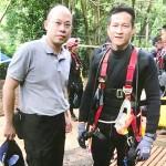 タイ洞窟の少年救出で、志願して長時間作業