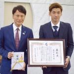 サッカー日本代表の大迫勇也選手に「特別賞」