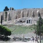パルテノン神殿を擁するアクロポリス