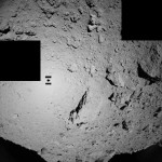 世界初、「はやぶさ2」探査ロボの投下に成功