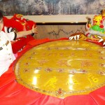 日本最大級、中華街で「中秋大月餅」を展示
