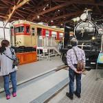 南館のメイン展示はC57と鉄道ファンに人気が高いキハ65型車両