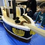 全長5m、巨大レゴブロックの蒸気船がお披露目
