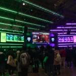プレイステーションブースでは「Call of Duty4」の対戦に大盛り上がり