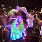 LEDで楽しむリオの路上パーティー