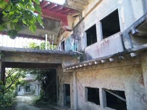 落書きが多いホテル廃墟
