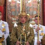 即位から2年半、ワチラロンコン国王が戴冠式