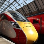 日立、英国に新型鉄道車両「AZUMA」