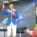 玉木雄一郎代表、アムロのコスプレ姿で登場