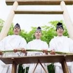 大嘗祭調度品の関連儀式、材料の大麻の刈り取る
