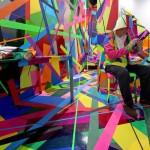 多彩なテープの世界、アート作品「迷彩色