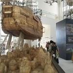 ジブリの世界が目の前に、巨大船の模型が登場