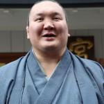 18年間相撲一筋、横綱白鵬関が日本国籍を取得