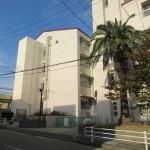 神戸立東須磨小学校-Kobe_City_Higashisuma_elementary_school (Wikipediaより)
