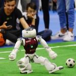 ロボットが熱戦! ローマで「ロボカップ」