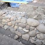 駿府城跡の発掘調査で小天守台の石垣を発見