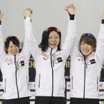 終盤の粘り、世界新で女子団体追い抜きを連覇
