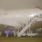 米メディア「飛行機も安全ではなかった」