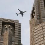 南風が吹き、東京都心を低空で初運用飛行