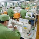 各地の刑務所で月6万6000枚の布マスクを製作