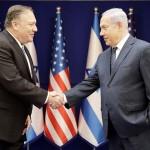 ポンペオ米国務長官(左)とネタニヤフ首相