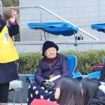 尹美香氏(左端)。右端は元慰安婦の故金福童さん