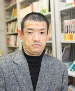 東洋学園大学教授 櫻田 淳