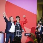 独社民党の新党首に選出された連立懐疑派のエスケン(右)・ワルターボルヤンス組(2019年11月30日、SPD公式サイトから)