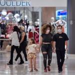 ブラジル、新型コロナの感染急拡大も経済再開