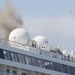 旅客船「飛鳥II」の最上階で火災、けが人なし
