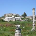 ▲エフェソスにあるアルテミス神殿の残骸(ウィキぺディアから)