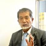 追尾の恐ろしさについて語る意見書提出者の又吉清義県議 28日沖縄県議会