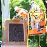 6月16日、ミズーリ州セントルイスではクリストファー・コロンブス像が撤去された